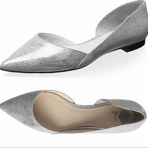 NWT Marc Fisher Sunny Pointed Silver Flats 8.5